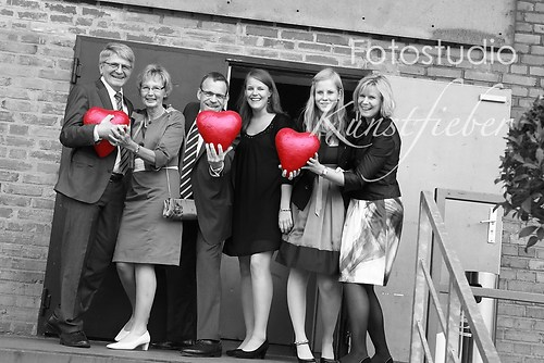 Gruppenfoto mit Herzen