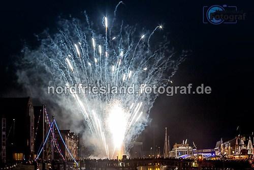 FB-Feuerwerk Hafentage 2015-1