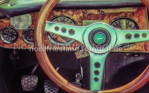 Cockpit Austin Healey 3000 MK III_FB