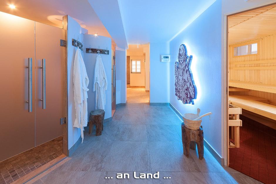 tonimedia-Hotelfotografie-Wellness | Saunabereich im Hotel Doctor Weinstube in Bernkastel-Kues. | 2014, Doctor Weinstube, Foto: Andreas Scholer, Gastgeber, Innen, Sauna