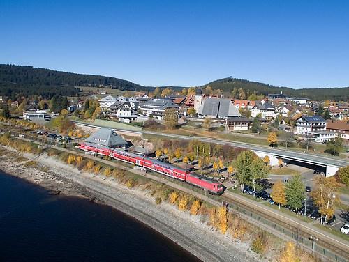 Schluchsee mit Eisenbahn (20151027-DJI_0050)