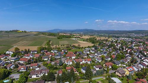 Binzen bei Lörrach (20170423-DJI_0103)