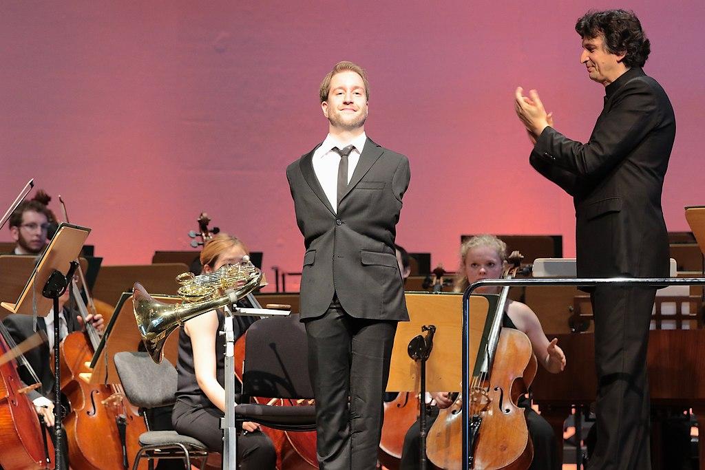 Bernstein Award (IMG_0128_fotonick_2016_) | Bernstein Award-2016-Felix Klieser HornSchleswig-Holstein Festival OrchesterMichael Sanderling...
