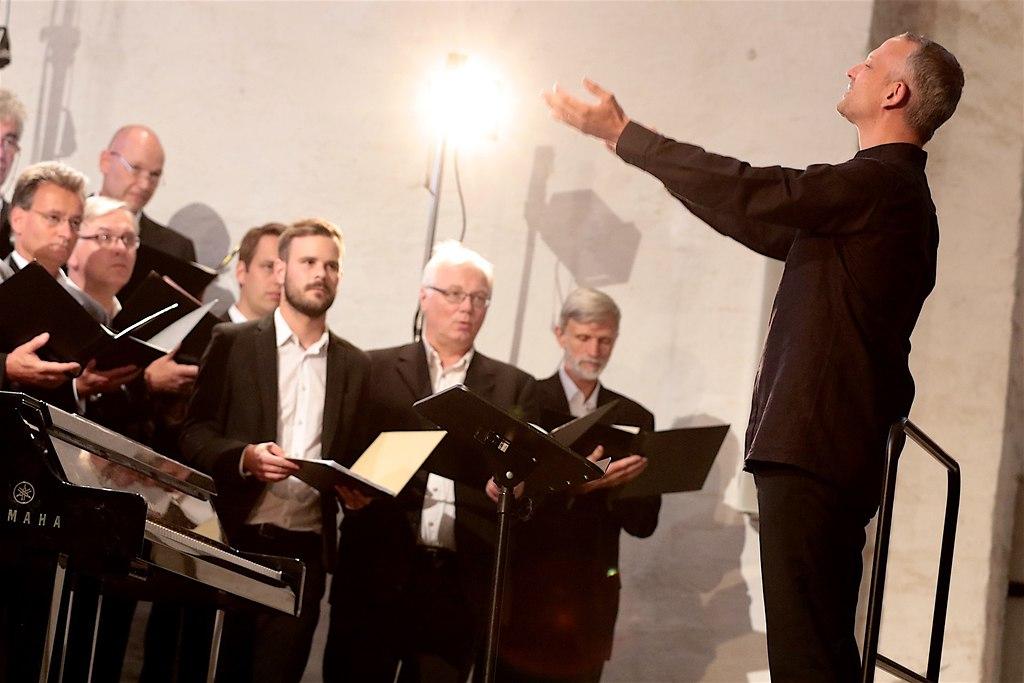 Abendlieder (IMG_1346_fotonick_2016_28) | Schleswig-Holstein Festival ChorNicolas Fink Dirigent-Foto Axel Nickolaus