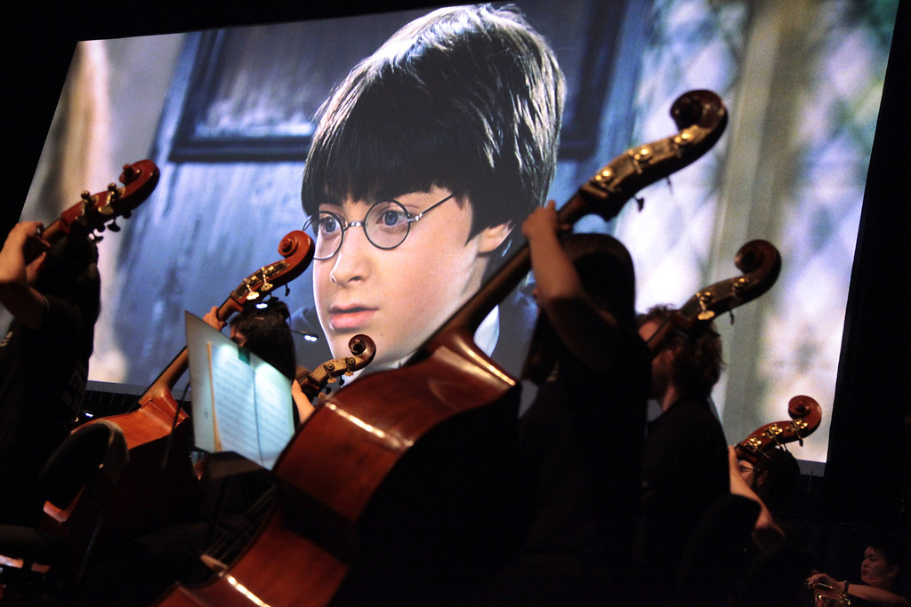 Harry Potter und das SHFO (fotonick--9759) | Schleswig-Holstein Festival Orchestra Justin Freer DirigentHarry Potter und der Stein der... | fotonick Kiel