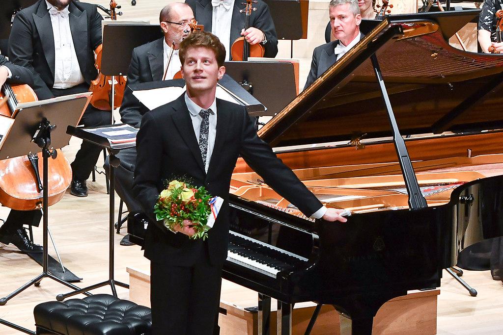 Alexander Krichel, Klavier - Philharmonisches Orchester Győr -  (MEF_9237) | Alexander Krichel, Klavier - Philharmonisches Orchester Győr - Kálmán Berkes, Dirigent | SHMF 2018