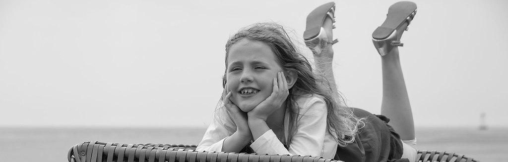 familienfotoshooting-pellworm | Familienfotos anlässlich der Hochzeit auf Pellworm | Familienfotos, hochzeit, heiraten, trauung, fotograf, fotografin, segelschiff, pellworm, hochzeitsfotografin, leuchtturm, leuchtturm-hochzeit, fotosession, hochzeitsfotos