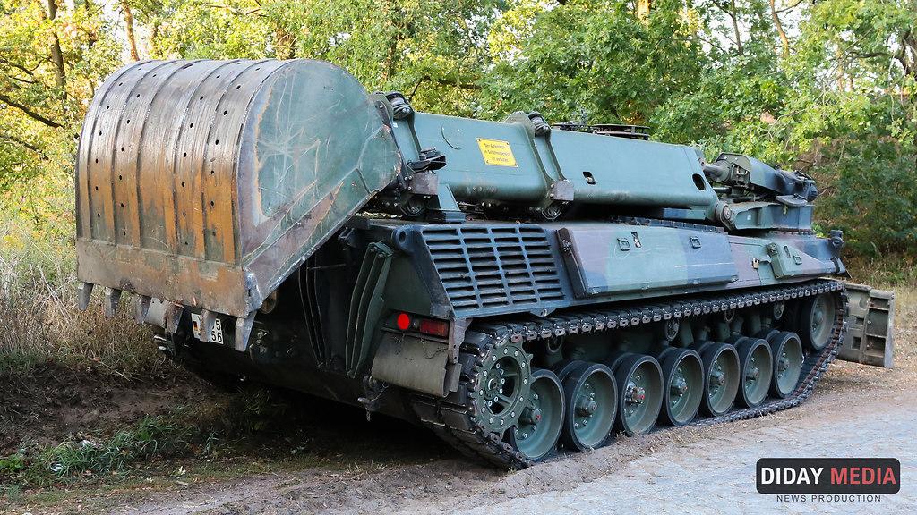 Panzer Bundeswehr (Panzer Bundeswehr beim loeschen-im-Wald-bei Klausdorf (11)) | Panzer Bundewehr Einsatz Waldbrand Treuenbrietzen-Frohnsdorf-Klausdorf