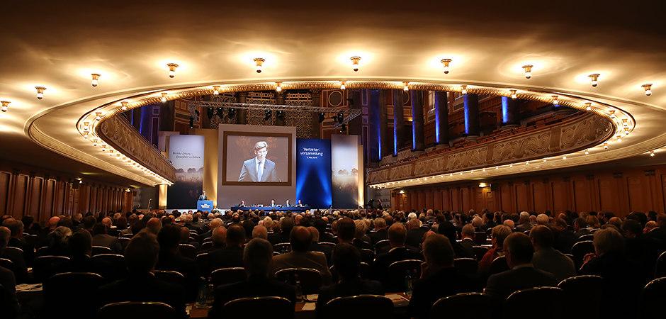 titel_09_wiesbadener-volksbank_vertreterversammlung_2015-05-05_foto-detlef-gottwald_k2-016 | Wiesbadener Volksbank | Vertreterversammlung 2015 | 05.052015 im Kurhaus Wiesbaden | Foto:...