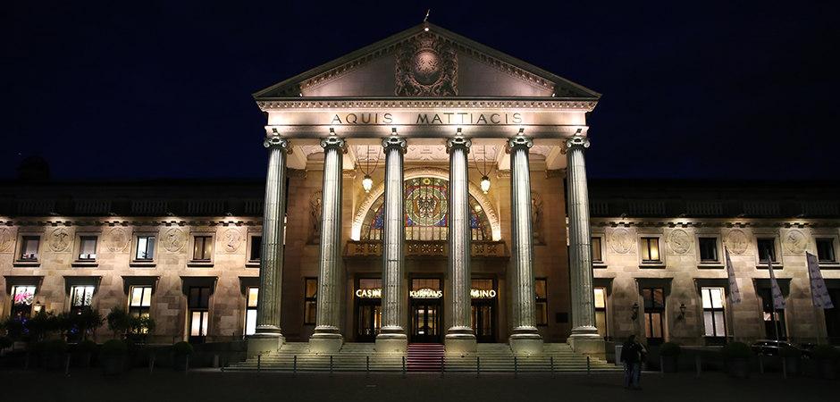 titel_11_wiesbadener-volksbank_vertreterversammlung_2015-05-05_foto-detlef-gottwald_k2-062 | Wiesbadener Volksbank | Vertreterversammlung 2015 | 05.052015 im Kurhaus Wiesbaden | Foto:...
