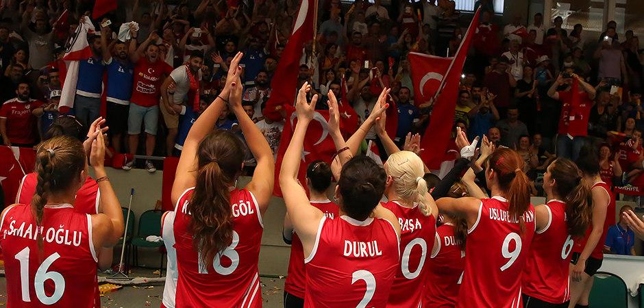 titel_14_elwf02_ger-tur_2014-07-19_foto-detlef-gottwald-0336a | European League Final | Deutschland - Türkei | 19.07.2014 | Foto Detlef Gottwald