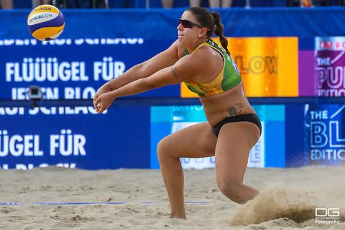 beachvolleyball-wm-2019_rebecca-ana-patricia-vs-bieneck-schneider_foto-detlef-gottwald_K01