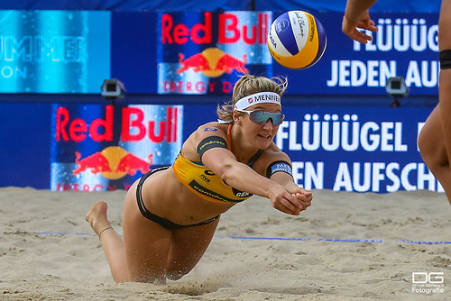 03__beachvolleyball-wm-2019_rebecca-ana-patricia-vs-bieneck-schneider_foto-detlef-gottwald