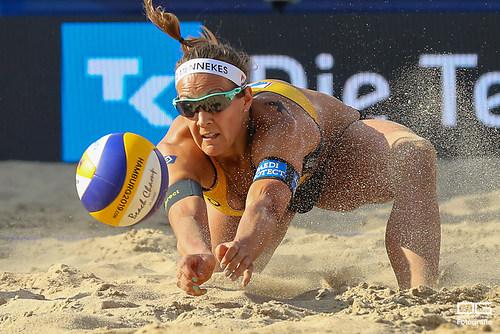 04_beachvolleyball-wm-2019_rebecca-ana-patricia-vs-bieneck-schneider_foto-detlef-gottwald_
