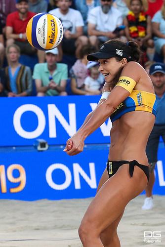 beachvolleyball-wm-2019_carol-mariaantonelli-vs-ludwig_kozuch_foto-detlef-gottwald_K01_284