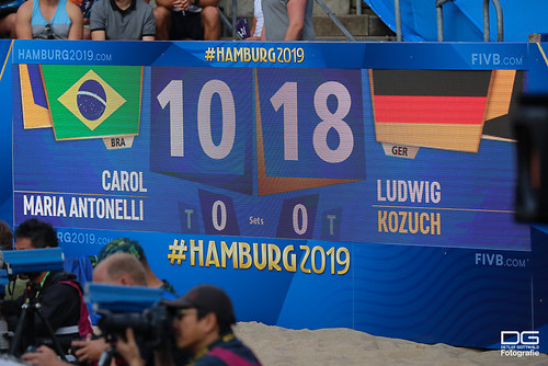 beachvolleyball-wm-2019_carol-mariaantonelli-vs-ludwig_kozuch_foto-detlef-gottwald_K01_301