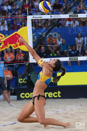 beachvolleyball-wm-2019_carol-mariaantonelli-vs-ludwig_kozuch_foto-detlef-gottwald_K01_317