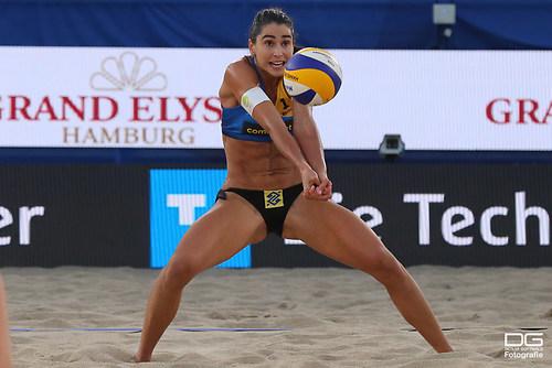 beachvolleyball-wm-2019_carol-mariaantonelli-vs-ludwig_kozuch_foto-detlef-gottwald_K01_321