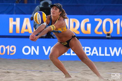 beachvolleyball-wm-2019_carol-mariaantonelli-vs-ludwig_kozuch_foto-detlef-gottwald_K01_337