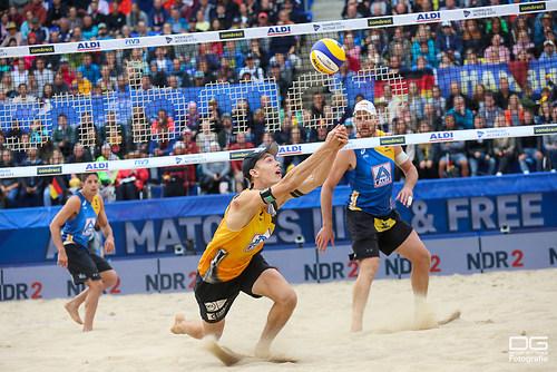 beachvolleyball-wm-2019_alison-alvaro-filho-vs-wickler-thole_foto-detlef-gottwald_K01_0221