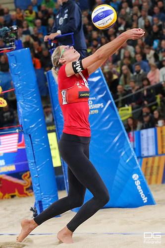 beachvolleyball-wm-2019_finale_pavan-melissa-vs-klineman-ross_foto-detlef-gottwald_K01_188