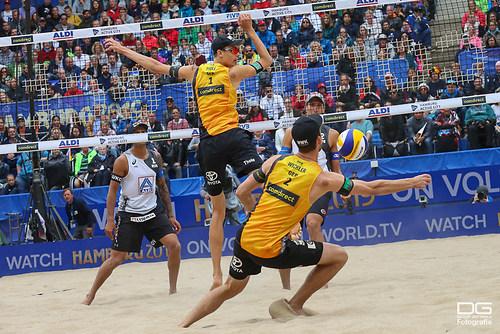 03_beachvolleyball-wm-2019_finale_thole-wickler-vs-krasilnikov-stoyanovskiy_foto-detlef-go
