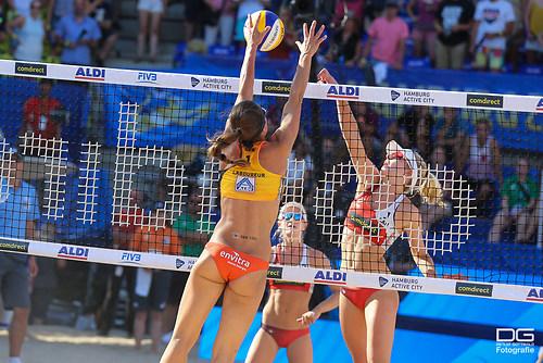 20_beachvolleyball-wm-2019_ittlinger-laboureur-vs-megan-nicole_foto-detlef-gottwald_K01_32