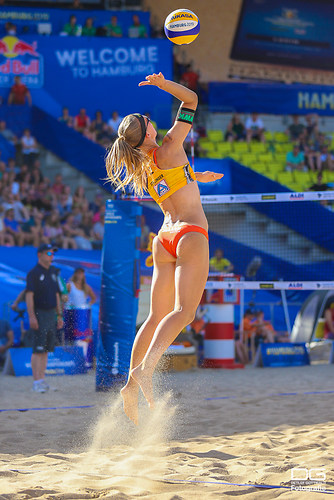 22_beachvolleyball-wm-2019_ittlinger-laboureur-vs-megan-nicole_foto-detlef-gottwald_K01_32