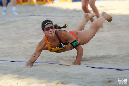 26_beachvolleyball-wm-2019_ittlinger-laboureur-vs-megan-nicole_foto-detlef-gottwald_K01_34