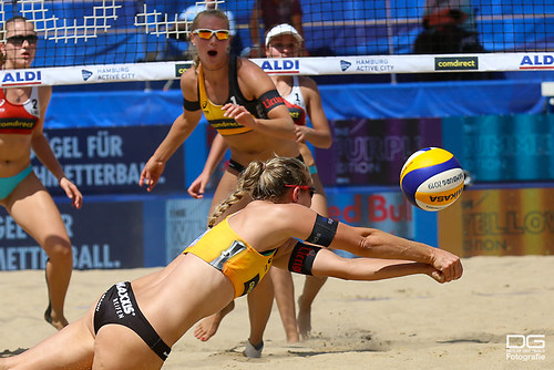 beachvolleyball-wm-2019_behrens-tillmann-vs-bausero-rotti_foto-detlef-gottwald_K01_0292