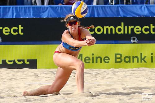 beachvolleyball-wm-2019_ittlinger-laboureur-vs-sponcil-claes_foto-detlef-gottwald_K01_2810