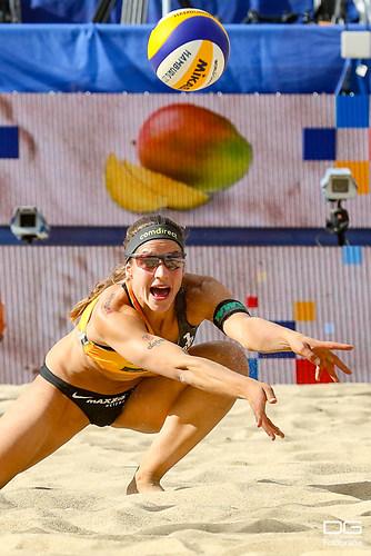 beachvolleyball-wm-2019_ittlinger-laboureur-vs-sponcil-claes_foto-detlef-gottwald_K01_2858