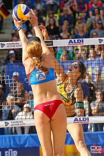 beachvolleyball-wm-2019_ittlinger-laboureur-vs-sponcil-claes_foto-detlef-gottwald_K01_2888