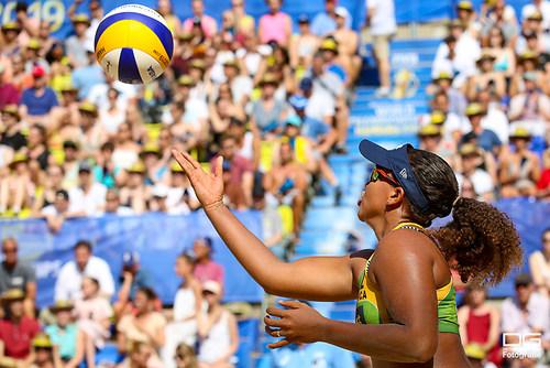 beachvolleyball-wm-2019_borger-sude-vs-mendoza-lolette_foto-detlef-gottwald_K01_1230