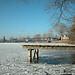 Wesslinger See Oberbayern im Winter (20090110_bmw42_DSCN0069) - Wesslingersee, Weßling, Ufer, Winter, Schilf, Natur, 10.01.2009, Winter, Blick auf Häuser des Ortes