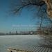 Wesslinger See Oberbayern im Winter (20090110_bmw42_DSCN0071) - Wesslingersee, Weßling, Ufer, Winter, Schilf, Natur, 10.01.2009, Winter, Blick auf Häuser des Ortes