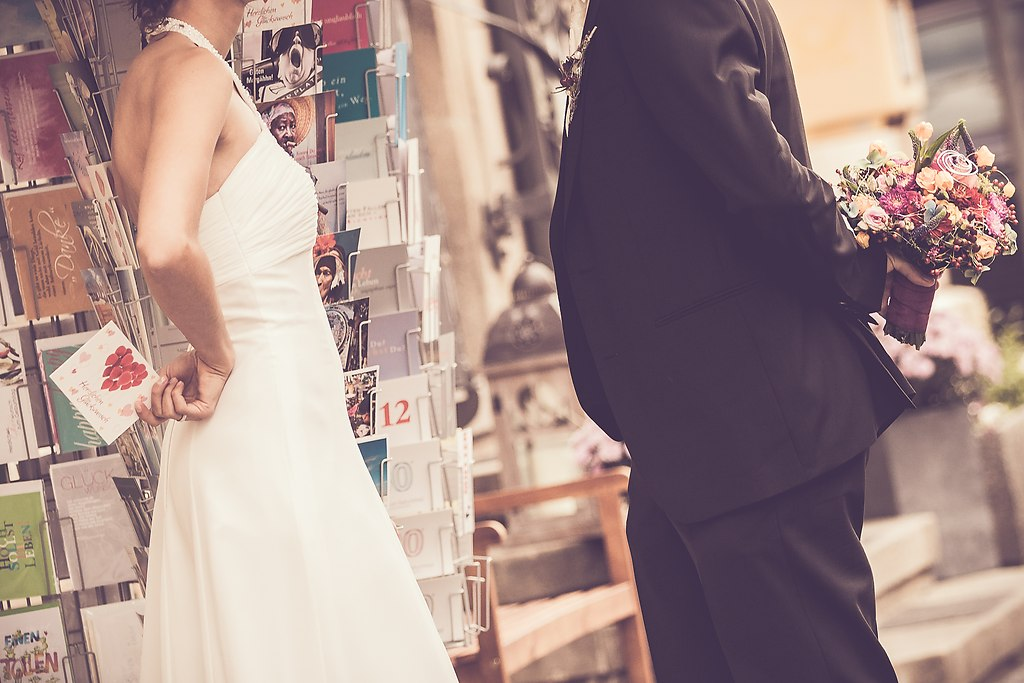 Brautpaar | Fotoshooting Brautpaar, Hochzeitspaar,  | Fotoshooting, Fotoshooting Brautpaar, Hochzeitspaar Fotografie, Braut, Bräutigam, Brautblumenstrauß