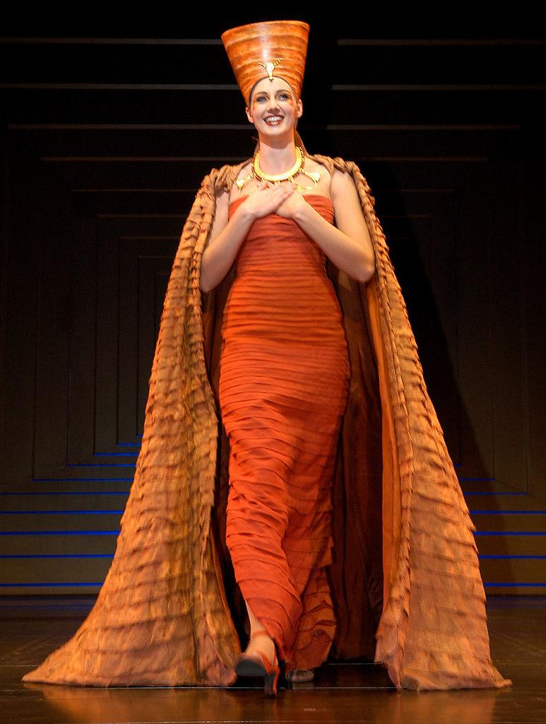 AIDA Premiere im RMT am Di.31.01.2006 05 BETTINA MOENCH | Stichwort : *ORT* Idstein*PERSON* ANLAGECOPYRIGHT : PRESSE AGENTUR MALLMANN   AMPBILD : ...