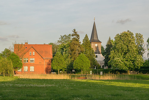 Anger mit Schule und Kirche