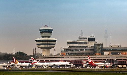 Tegel! Flughafen (flughafen-original_188268_by-adlerauge64_piqs_de)