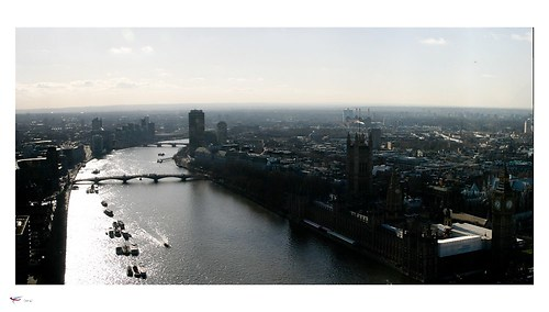london #20 - river thames & houses of parliament