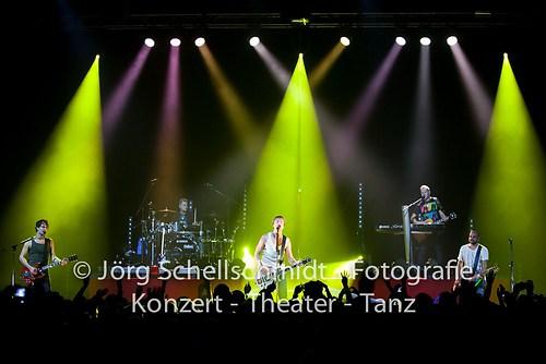 Sunrise Avenue_Filderstadt_111031_0155_(c)Joerg Schellschmidt