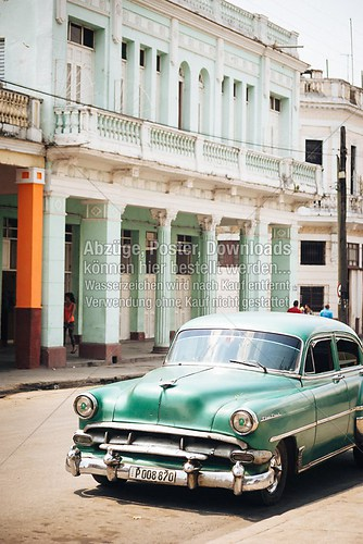 Cuba_car_american_auto_green_silversteel_6398