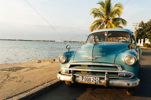Cuba_Cienfuegos_car_blue_6700