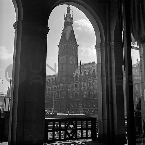 Hamburg (UNA_01719534.highres)