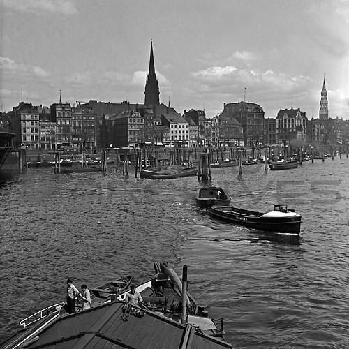 Hamburg (UNA_01720692.highres)
