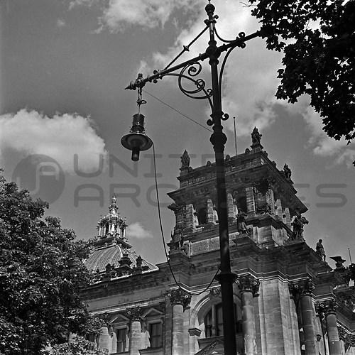 Reichshauptstadt Berlin (UNA_01667036.highres)
