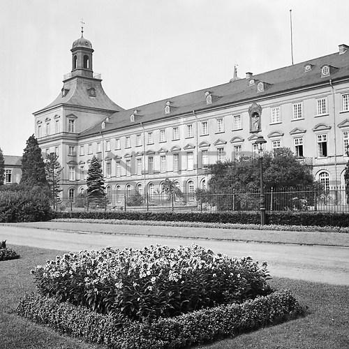 Bonn (UNA_01835528.highres)