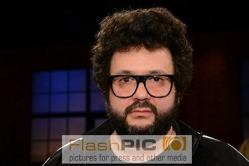 Oliver Polak als Gast der WDR Talkshow Koelner Treff am 15. Apri