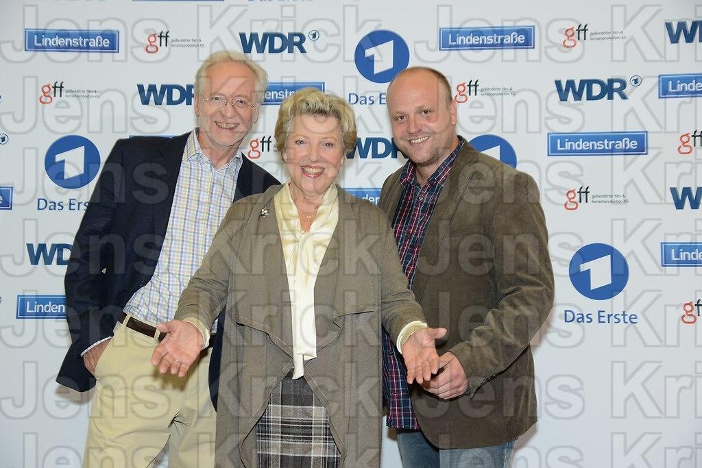 Hauptdarsteller Joachim Luger alias Hans Beimer mit Marie-Luise  (DSC_3509) | Die ARD Vorabendserie Lindenstrasse feiert ihr 30 Jahre Jubilaeum am 06. Dezember 2015, der...